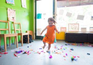 bambina-scuola-live-institute
